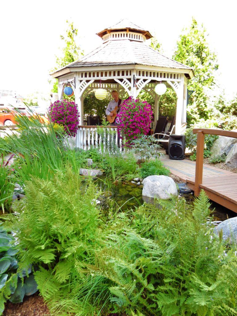 gardenparty29